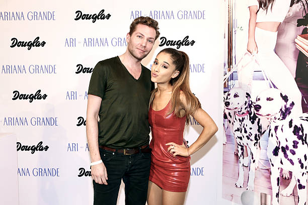 Exclusive meet greet with ariana grande at douglas ferry hansen beauty director for mens healthwomens health in germany and ariana grande m4hsunfo