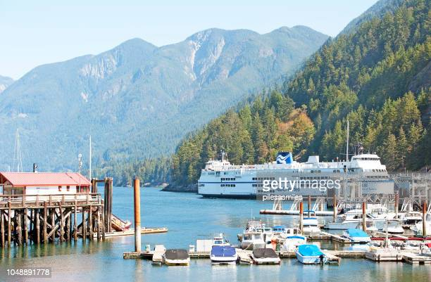 ferry into horseshoe bay, squamish, vancouver, b.c., canada - ferry stock pictures, royalty-free photos & images