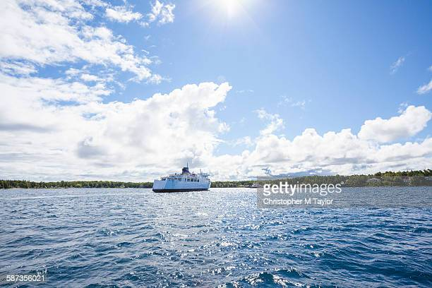 ferry on lake huron - ferry stock pictures, royalty-free photos & images