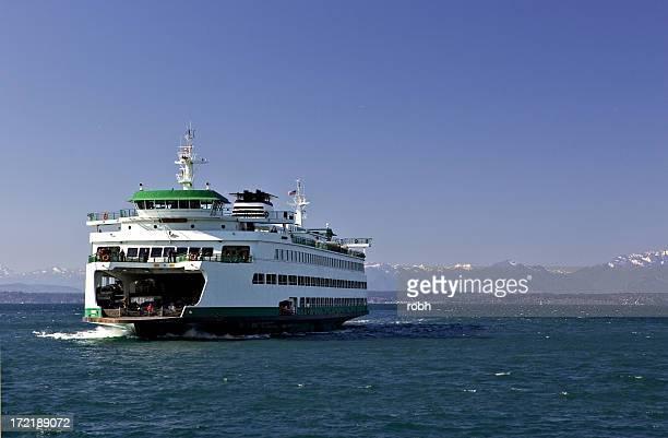ferry - ferry photos et images de collection