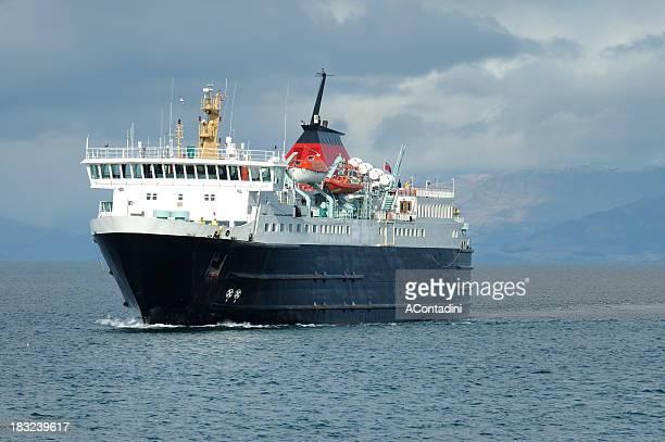 Traghetto per le Ebridi