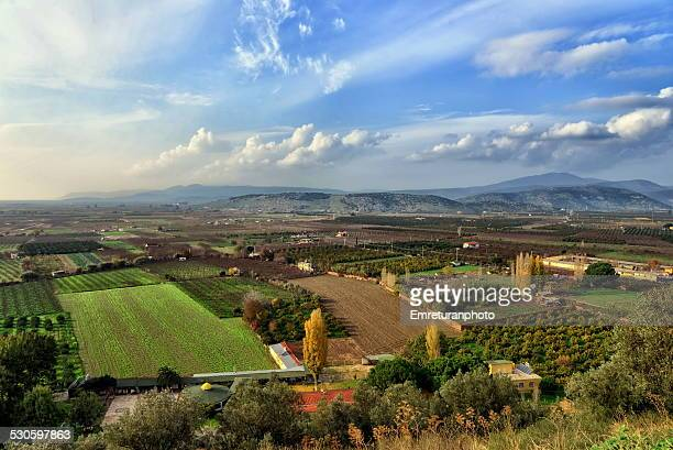 fertile agriculture land between selcuk and aegean - emreturanphoto stock pictures, royalty-free photos & images