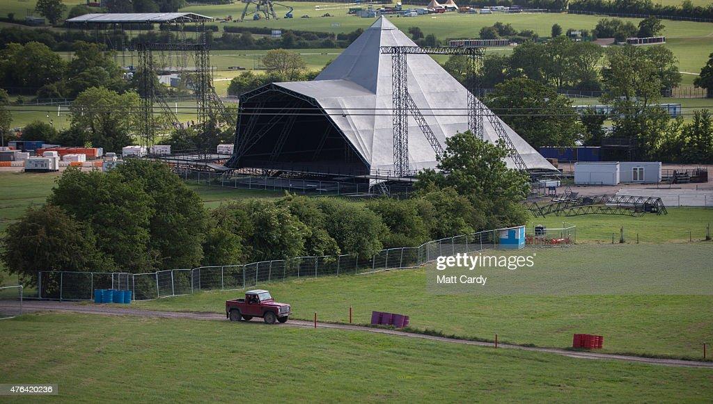 Worthy Farm Prepares For The 2015 Glastonbury Festival : News Photo