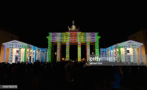 Festival of Lights, Brandenburger Tor, Pariser Platz, Mitte, Berlin, Deutschland