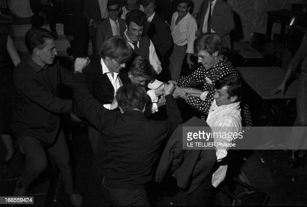 Festival Of Rock'N Roll In Tabarin Paris 30 septembre 1961 Au musichall LE TABARIN lors d'un concert à l'occasion d'un festival de rock'n roll des...