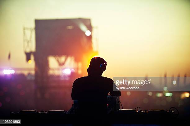 festival - dj stock pictures, royalty-free photos & images