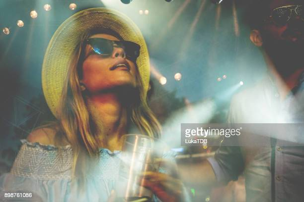 festival woman - festival goer stock pictures, royalty-free photos & images