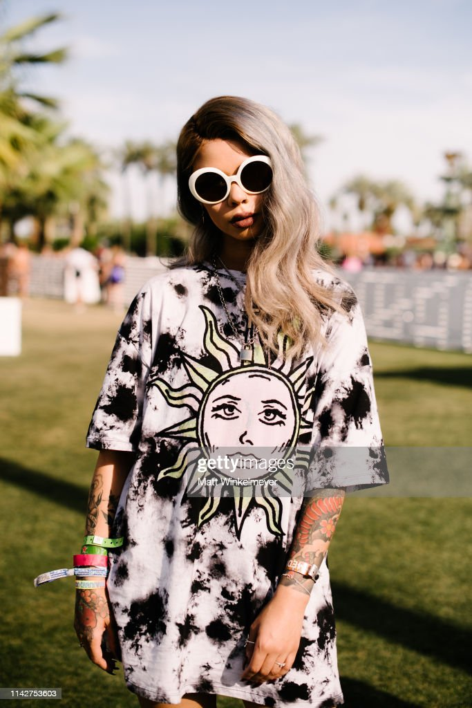 Street Style At The 2019 Coachella Valley Music And Arts Festival - Weekend 1 : News Photo