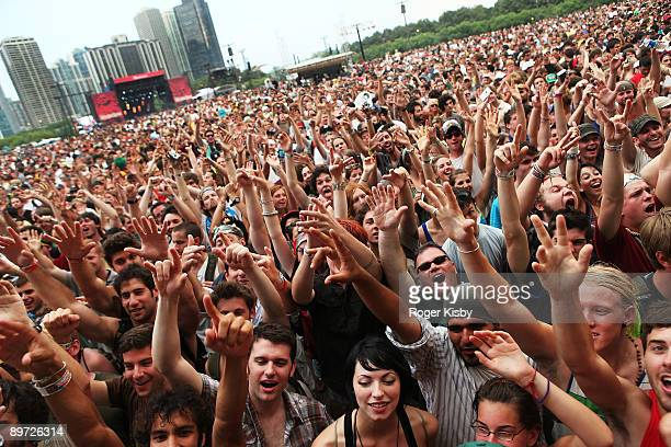 Festival-goers at the Band of Horses performance during the 2009 Lollapalooza music festival at Grant Park on August 9, 2009 in Chicago.