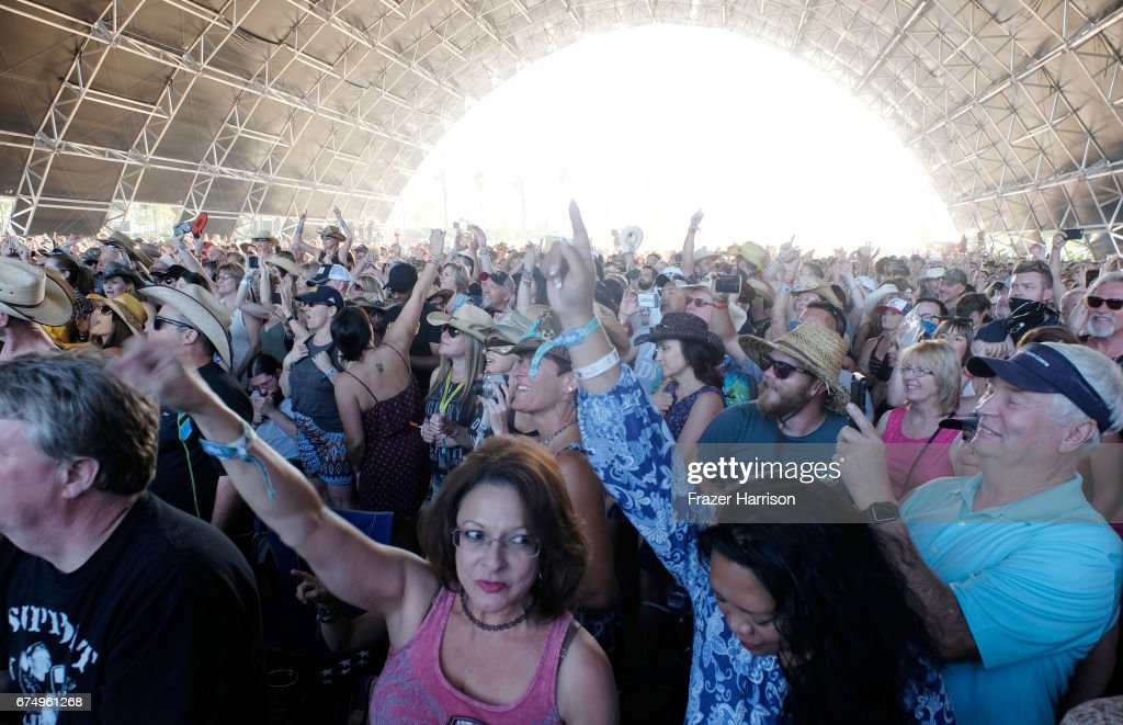 2017 Stagecoach California's Country Music Festival - Day 2 : News Photo