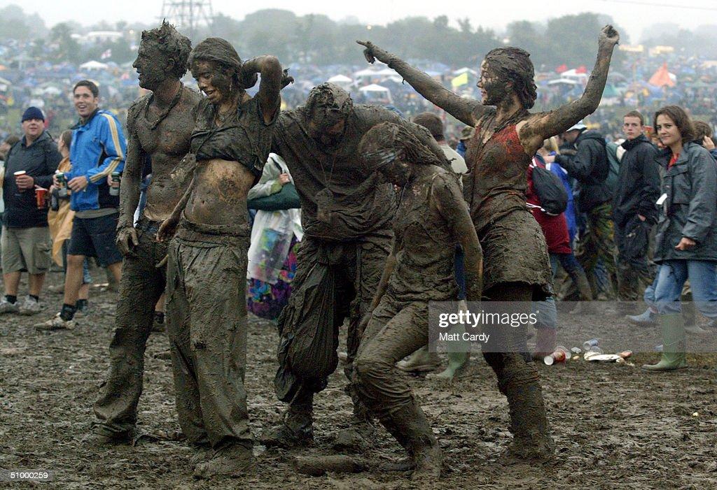 Glastonbury Festival - Day Two : News Photo