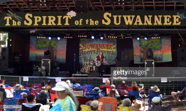 Festivalgoers enjoy a performance by Nikki Talley at the Suwannee Roots Revival music festival on October 13 2018 at the Spirit of the Suwannee Music...
