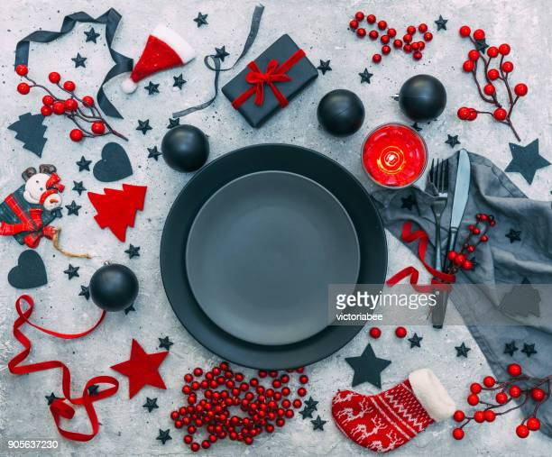 festive christmas place setting - christmas still life stock pictures, royalty-free photos & images