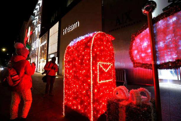 NY: Holiday Season Begins Across New York City Area