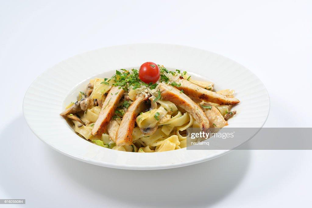 Fettucini Aflredo chicken Pasta : Foto de stock