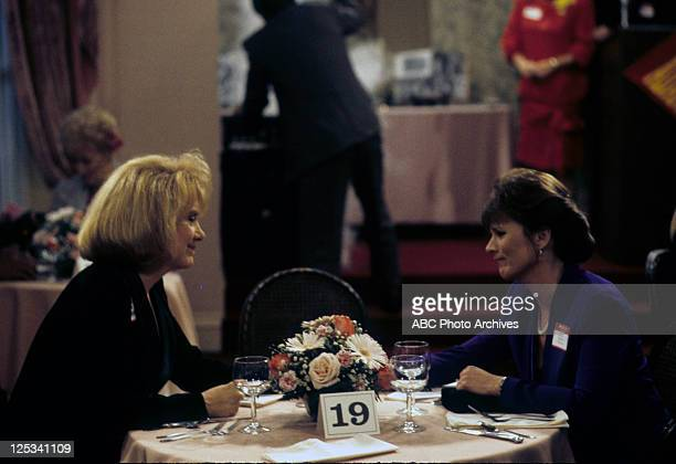 "Feud for Thought"" - Airdate: December 1, 1993. LEE GARLINGTON;PATRICIA RICHARDSON"