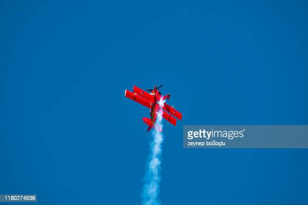 few airshows of turkey, - acrobatic activity stock pictures, royalty-free photos & images
