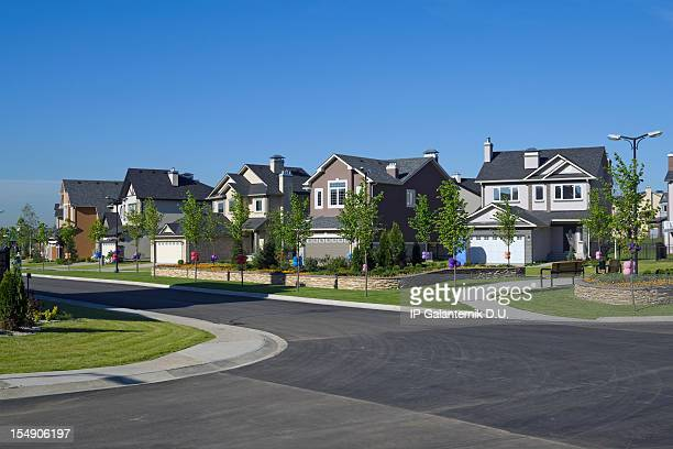 few suburban houses. - borough district type stock pictures, royalty-free photos & images
