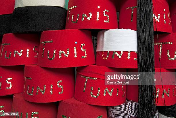 fez hats for sale, tunis, tunisia - tunis stock pictures, royalty-free photos & images
