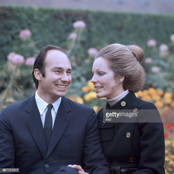 Fiançailles de Karim Aga Khan IV avec Sarah CrockerPoole le 21 octobre 1969 à Paris France