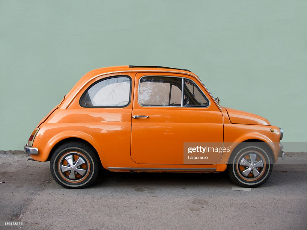 Assez Fiat 500 Orange Stock Photo   Getty Images UT07