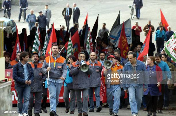 Fiat workers demonstrate in front of a Fiat factory in Turin Italy Friday November 5 2004 Fiat SpA's workers went on strike at the company's Italian...