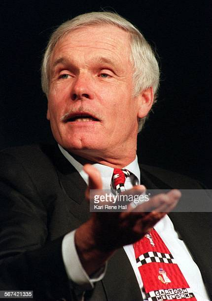 FICableTurner7KH11/29/95Ted Turner chairman of the board of Turner Broadcasting System Inc wearing his 'Cartoon Network' tie during panel discussion...