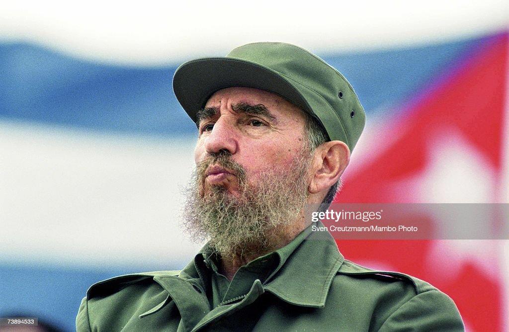 Fidel Castro at May Day Parade : News Photo