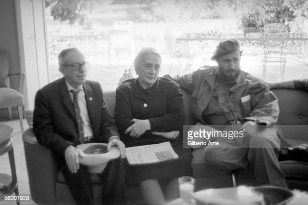 Fidel Castro receiving the Pasionaria Cuba about 1960