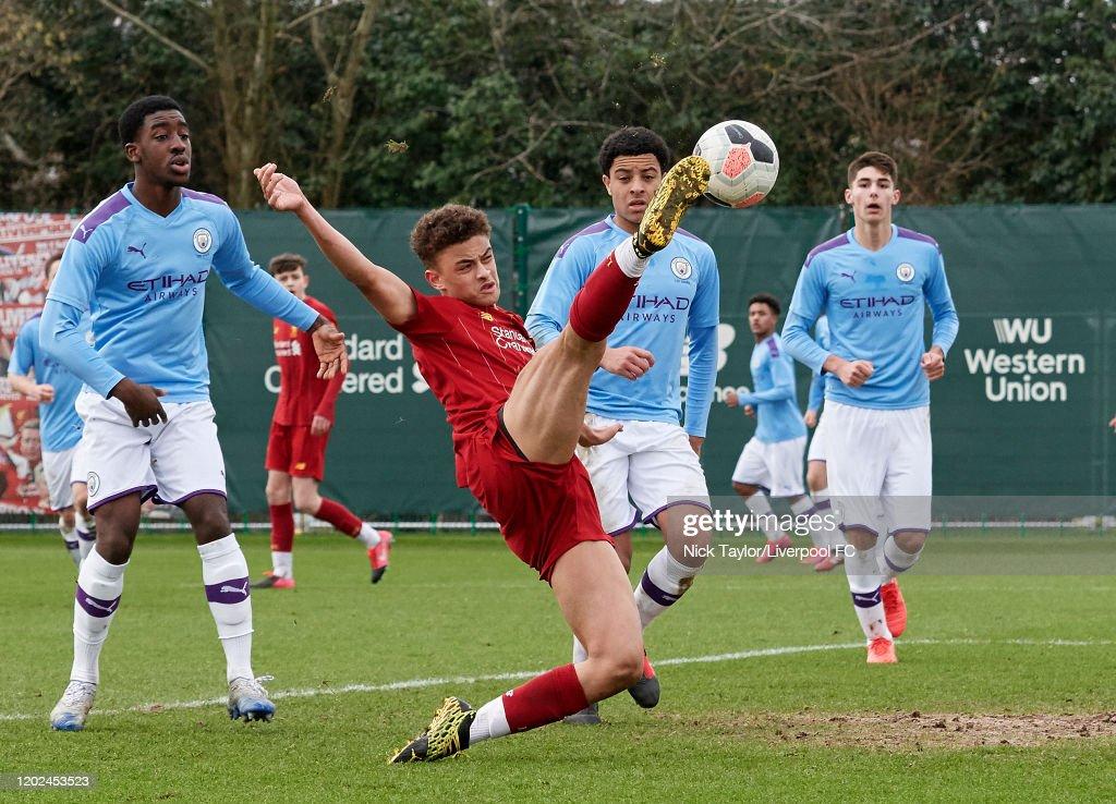 Liverpool v Manchester City - Premier League U18 : Nachrichtenfoto