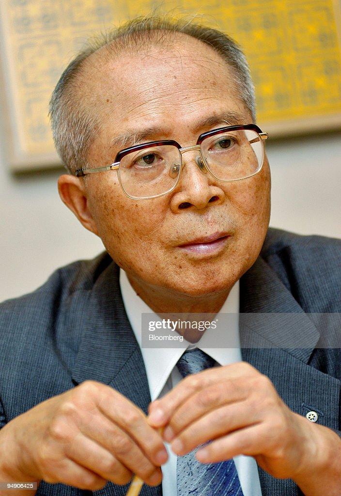 Fidelity Investments Japan Vice Chairman Yasuo Kuramoto talks to