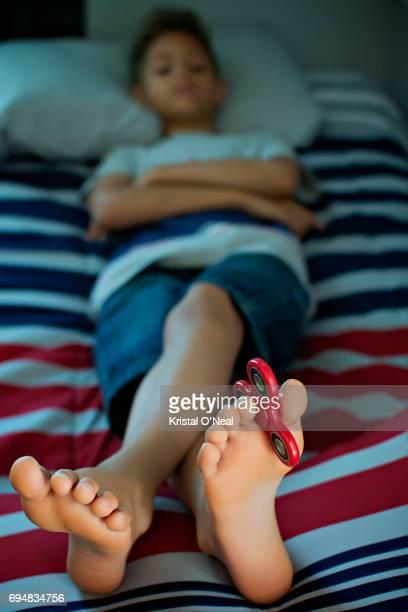 Fidget spinner toes