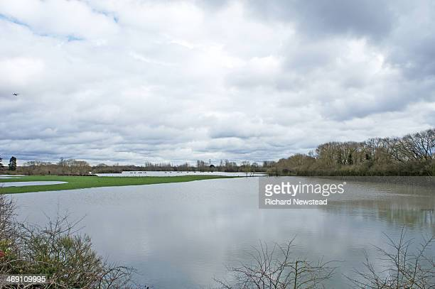 CONTENT] Fields in Windsor flooded 11th February 2014