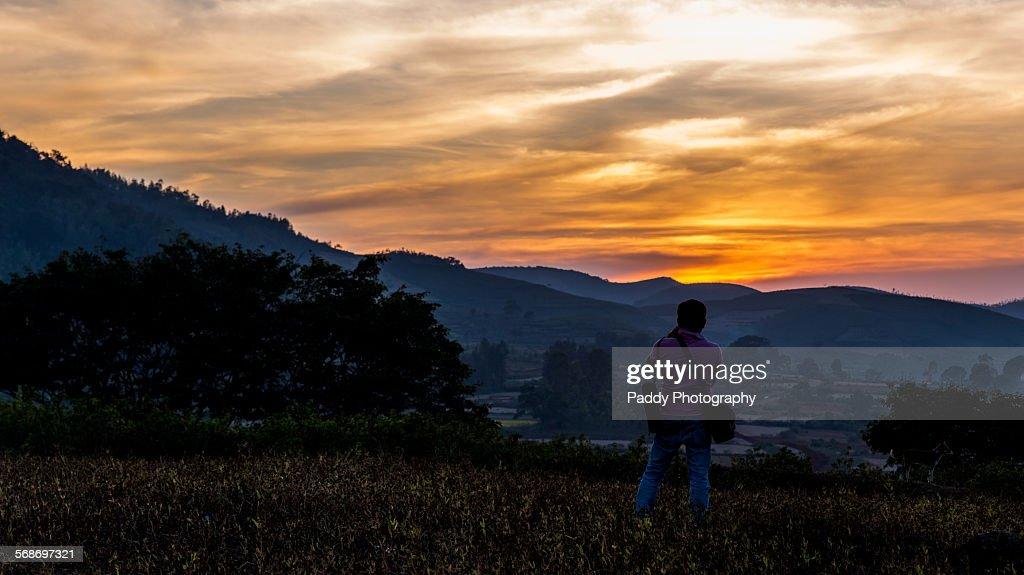 Fiery Skies, Araku Valley : Foto de stock