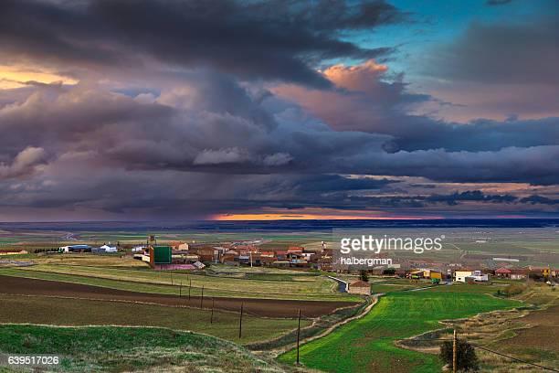 fiery sunset over spanish rural scene - castilla y león bildbanksfoton och bilder
