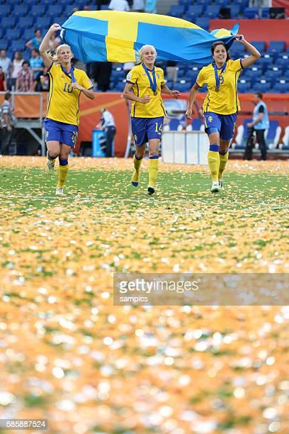 vl Sifia Jakobsson Josefine Oqvist und Jessia Landstrom SWE Spiel um PLatz 3 kleines Finale Schweden Frankreich 21 FifA Frauen Fussball WM...