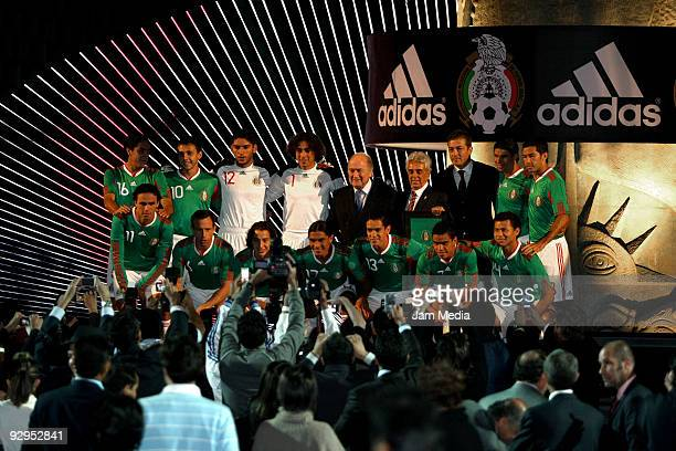 Fifa President Joseph Blatter Justino Compean president of Mexican Federation Fernando Basualdo and Mexico's players during the presentation of the...