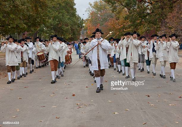 fife and drum corps, colonial williamsburg - colonial williamsburg stock photos and pictures