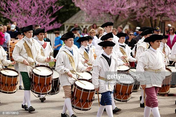fife and drums - colonial style stock pictures, royalty-free photos & images