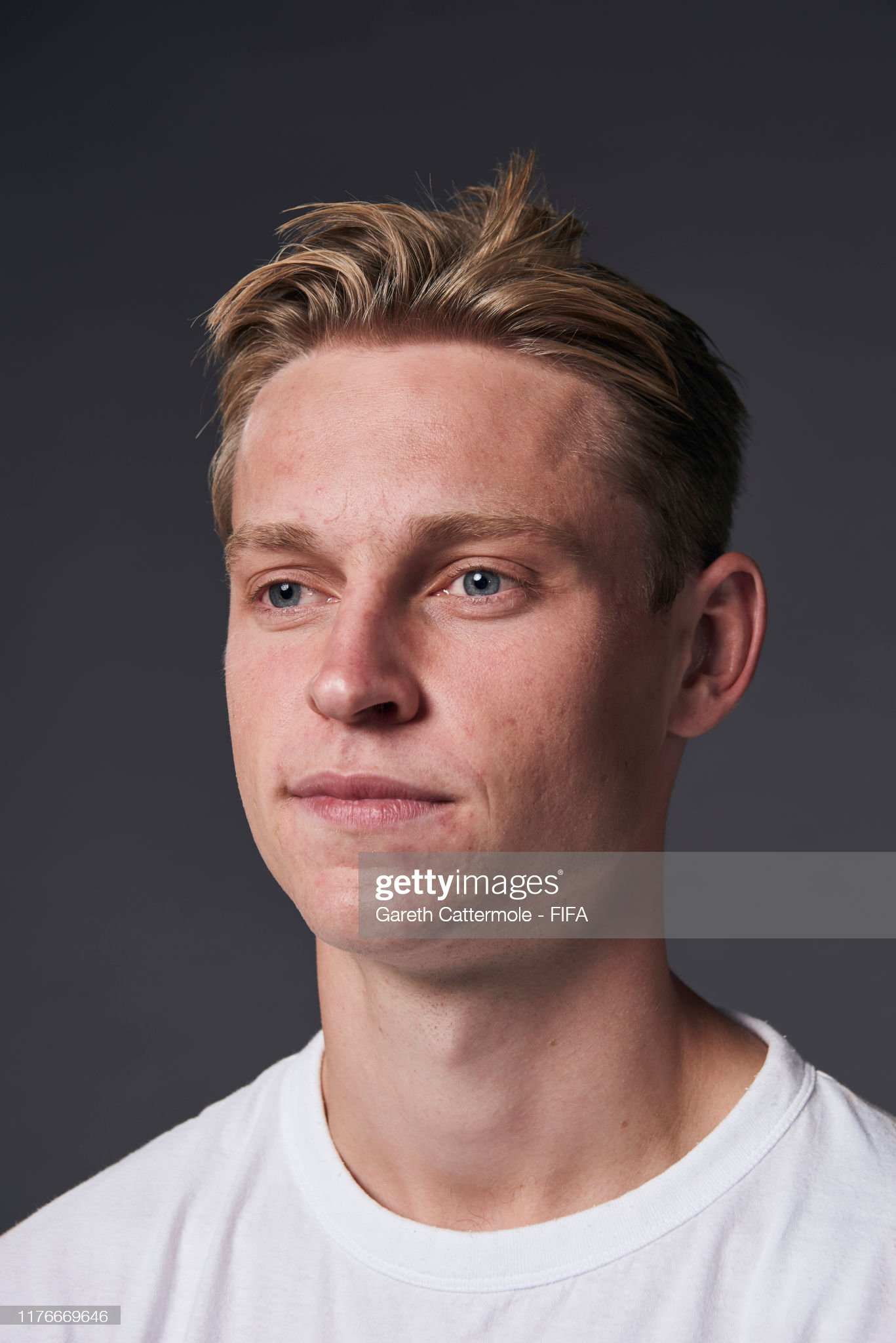 The Best FIFA Football Awards 2019 Fifpro-mens-world11-award-frenkie-de-jong-of-barcelona-and-netherland-picture-id1176669646?s=2048x2048