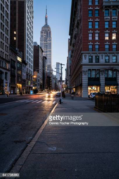 fifth avenue and empire state building - fifth avenue stock pictures, royalty-free photos & images