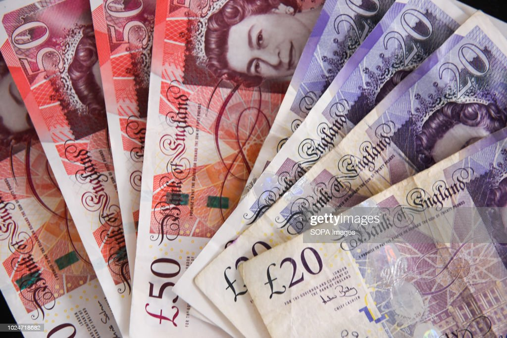 Fifty pounds bank notes are seen in this photo illustration... : News Photo