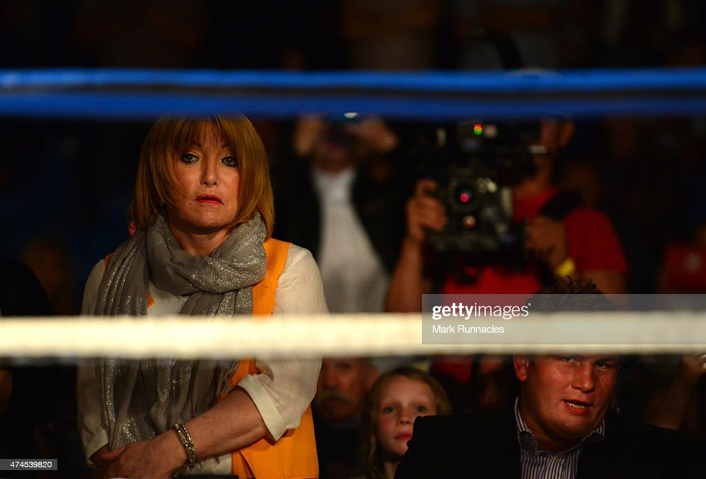 Boxing at Bellahouston Sports Centre in Glasgow : News Photo