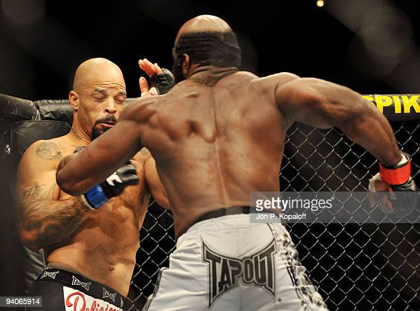 UFC fighter Houston Alexander battles UFC fighter Kimbo Slice during their Heavyweight fight at The Ultimate Fighter Season 10 Finale on December 5...