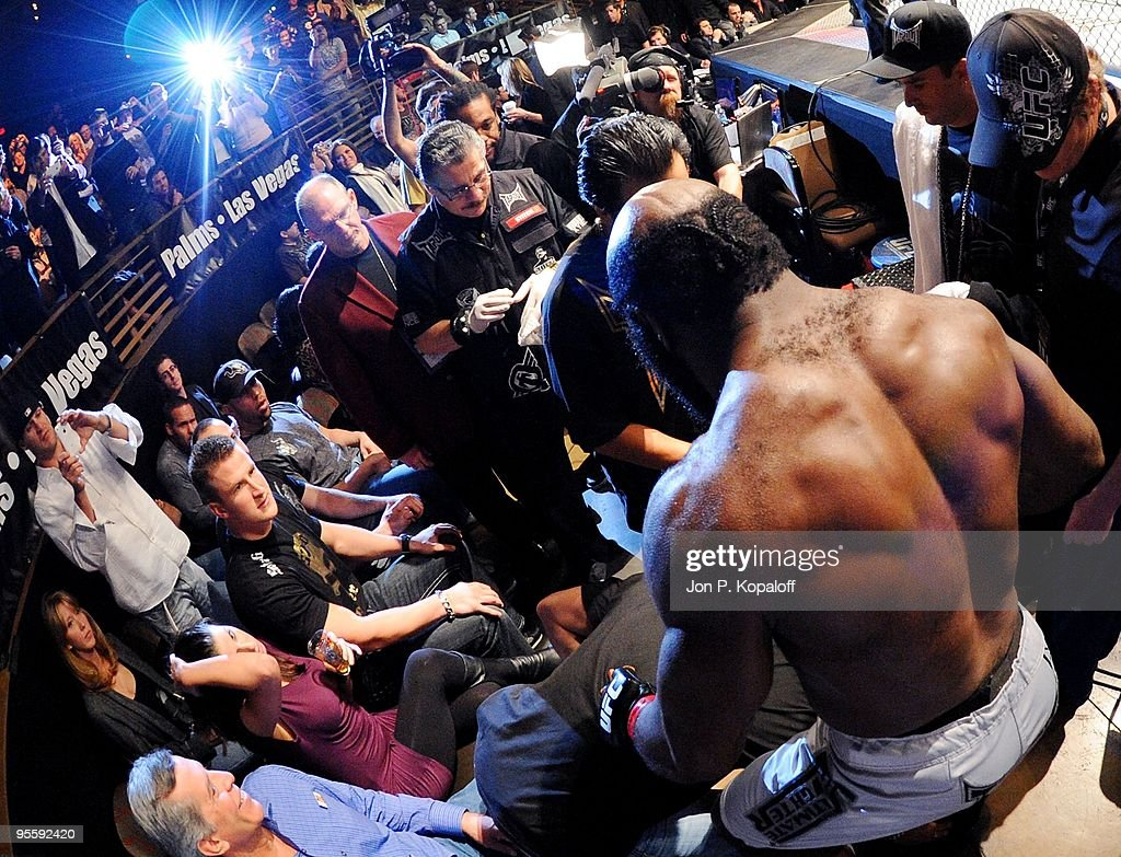 UFC fighter Kimbo Slice (Right) gets ready to enter the Octagon for his fight against UFC fighter Houston Alexander during their Heavyweight fight at The Ultimate Fighter Season 10 Finale on December 5, 2009 in Las Vegas, Nevada.