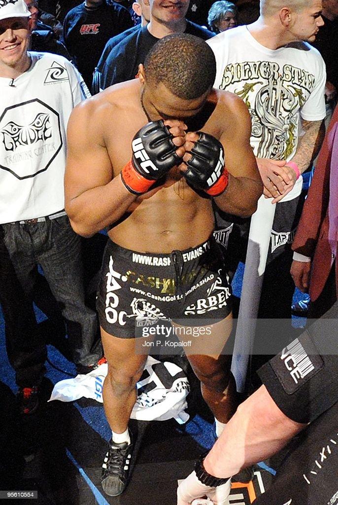 UFC 108: Evans v Silva