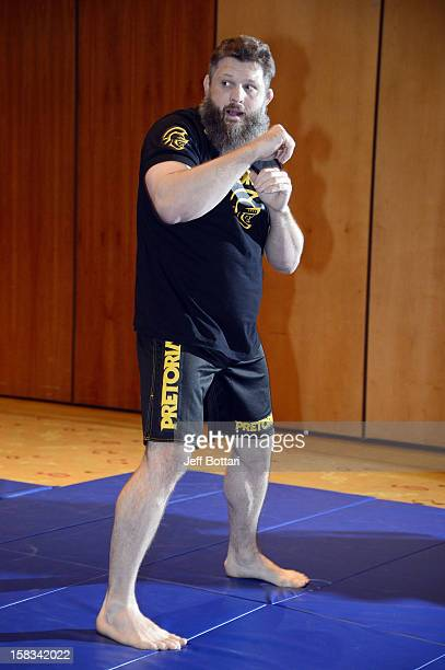 UFC fighter Roy 'Big Country' Nelson works out for the media during the Ultimate Fighter 16 Finale open workouts at The Joint at the Hard Rock Hotel...