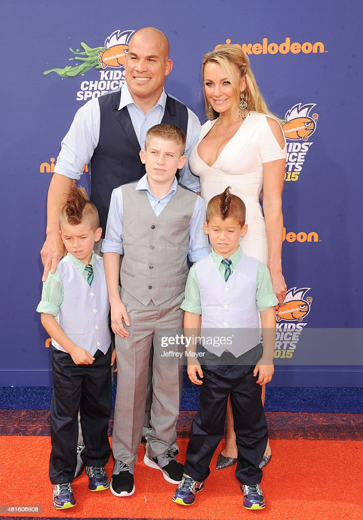 MMA fighter Tito Ortiz and family arrive at the Nickelodeon Kids' Choice Sports Awards 2015 at UCLA's Pauley Pavilion on July 16, 2015 in Westwood, California.