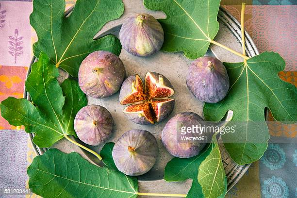 Figs and leaves on a zinc platter