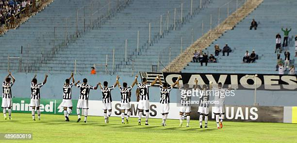 Figueirense enters the field in Series A Brasileirao 2014 at Cafe Stadium on May 11 2014 in Londrina Brazil